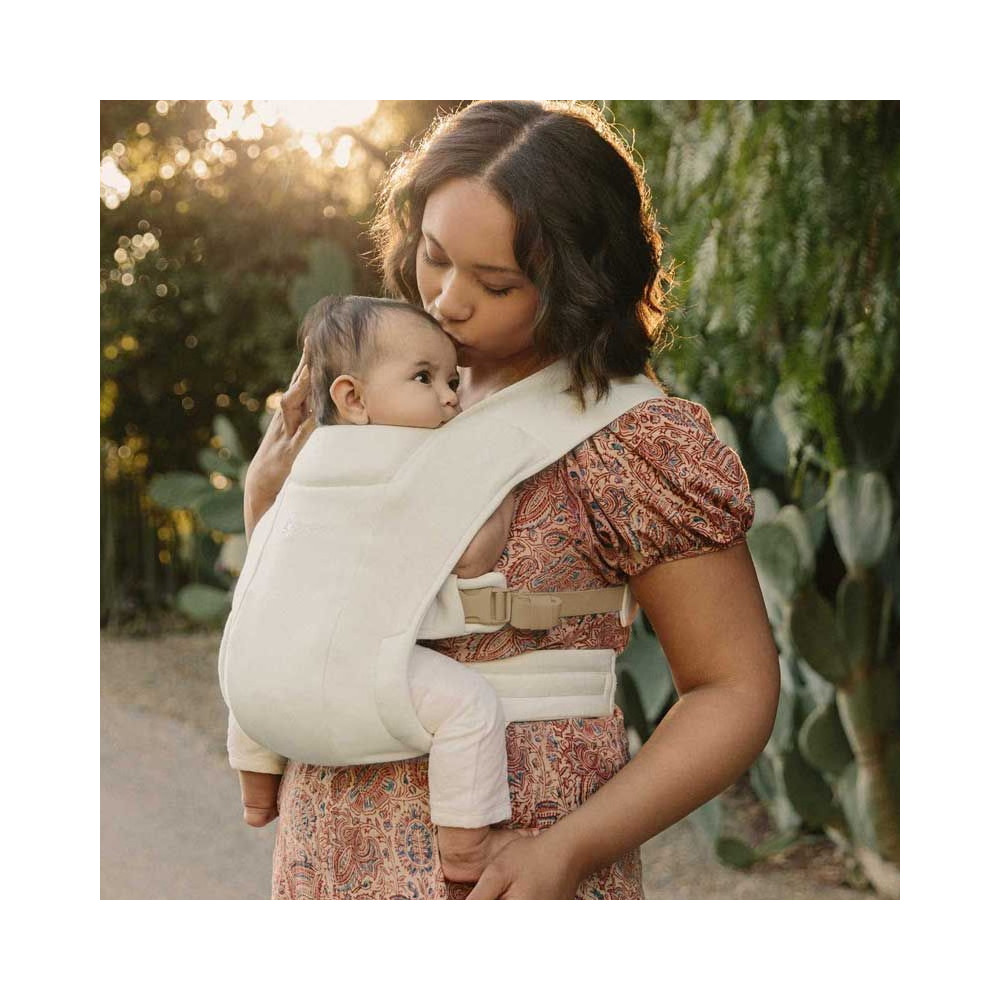 Ergobaby Embrace Cream babycarrier